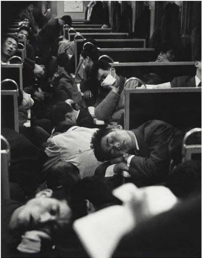 Tot le matin dans un train au Japon, 1964